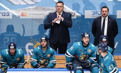 Клуб КХЛ потерпел крупное поражение в первом матче под руководством экс-наставника «Барыса». Видео
