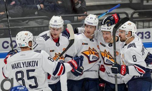 Хоккеисты сборной Казахстана помогли выиграть матч с хет-триком у одного из лидеров КХЛ. Видео