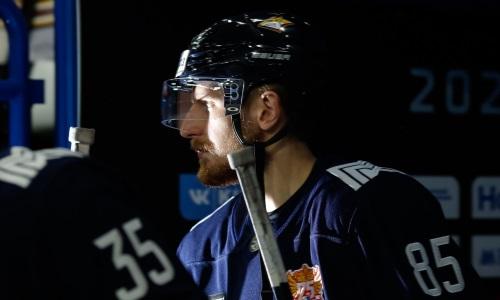 «Крайне опасное занятие». Как защитник сборной Казахстана «спутал карты» своему клубу в КХЛ