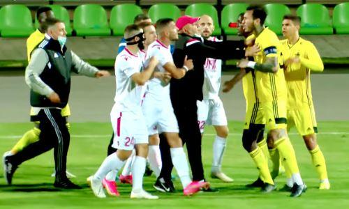 Выбивший двух обидчиков «Кайрата» клуб устроил массовую драку в матче чемпионата. Видео
