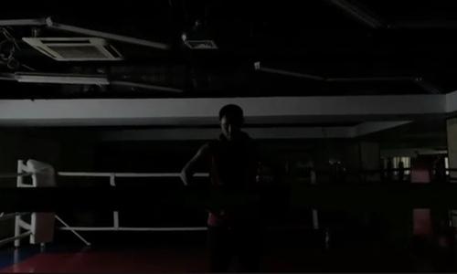 Казахстанский боксер с рекордом 24-0 показал Джокера. Фото