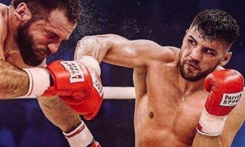Немецкий боксер сразится за титул чемпиона мира в цветах флага Казахстана. Фото