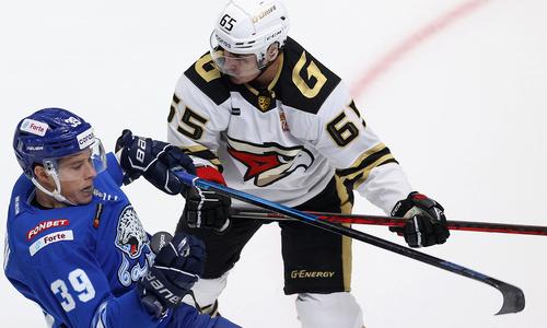 Лидер «Авангарда» стал худшим в КХЛ после поражения от «Барыса»