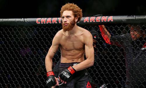 Боец UFC арестован по обвинению в домашнем насилии. В июне его обвиняли в грабеже