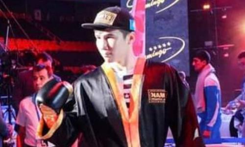Казахстанский боксер выиграл дебютный бой в США в весе Головкина. Видео