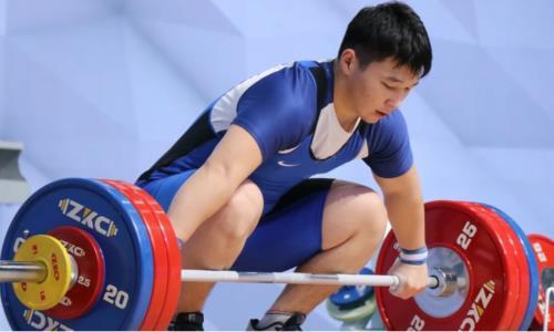 Игорь Сон обратился к казахстанским тяжелоатлетам на молодёжном чемпионате мира. Видео