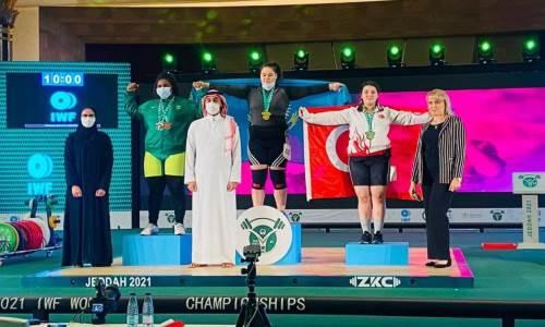 Абсолютный «золотой» показатель. Сборная Казахстана по тяжелой атлетике феерично выступила на ЧМ-2021