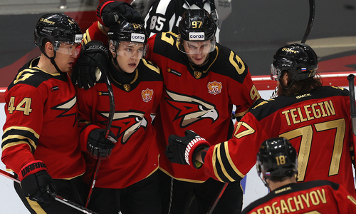 «Авангард» назвал состав на домашний матч с «Барысом» в КХЛ