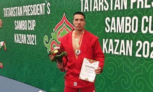 Полицейский из Костаная взял «серебро» на международном турнире по самбо